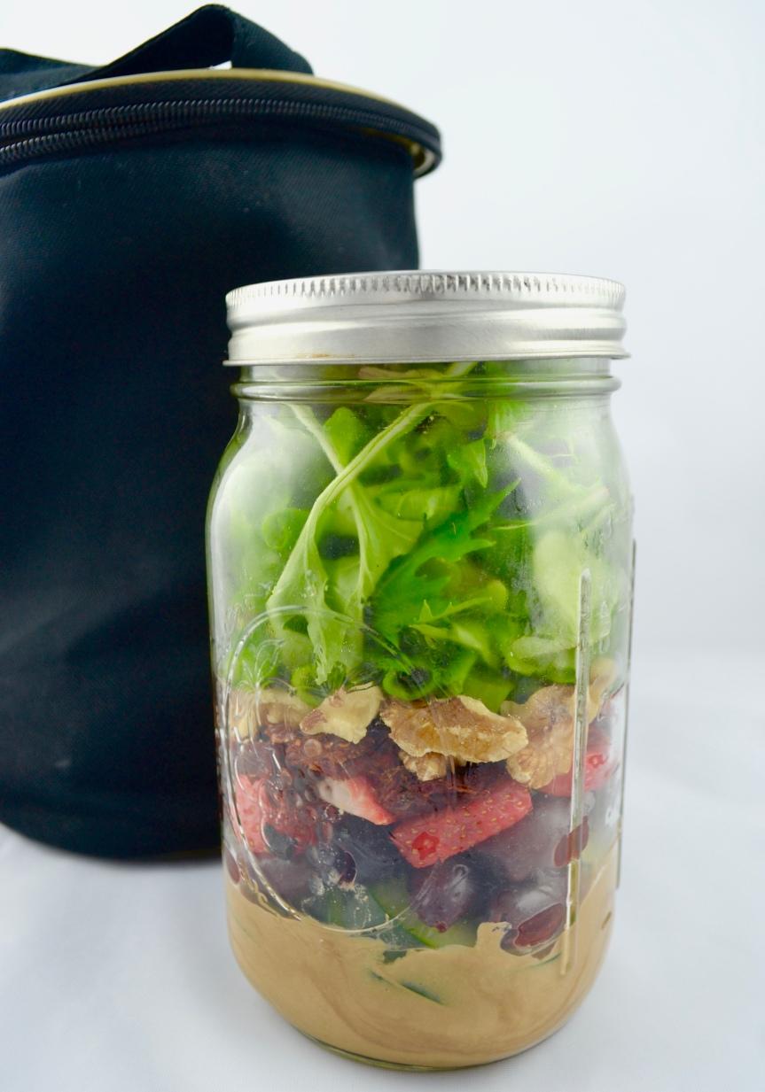 "Alt=""Hummus Salad Jar"""