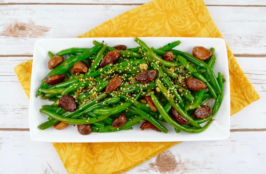 Sesame Green Beans with Crispy Garlic