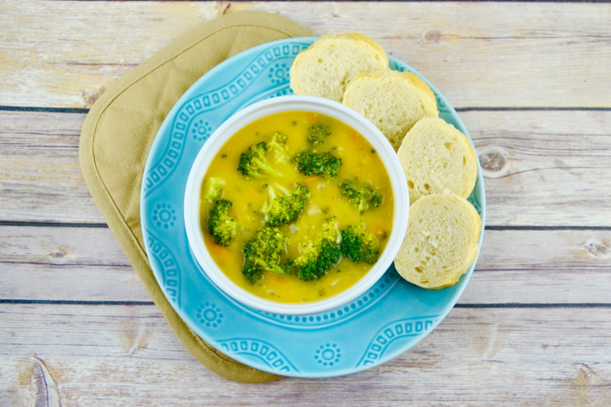 "Alt=""Vegan Broccoli Cheddar Soup"""