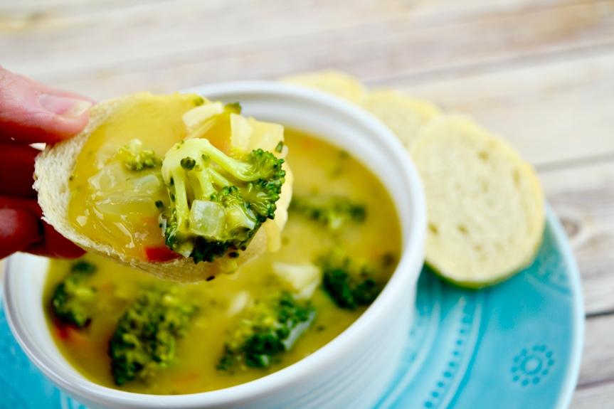 "Alt=""Vegan Broccoli Cheddar Soup"""